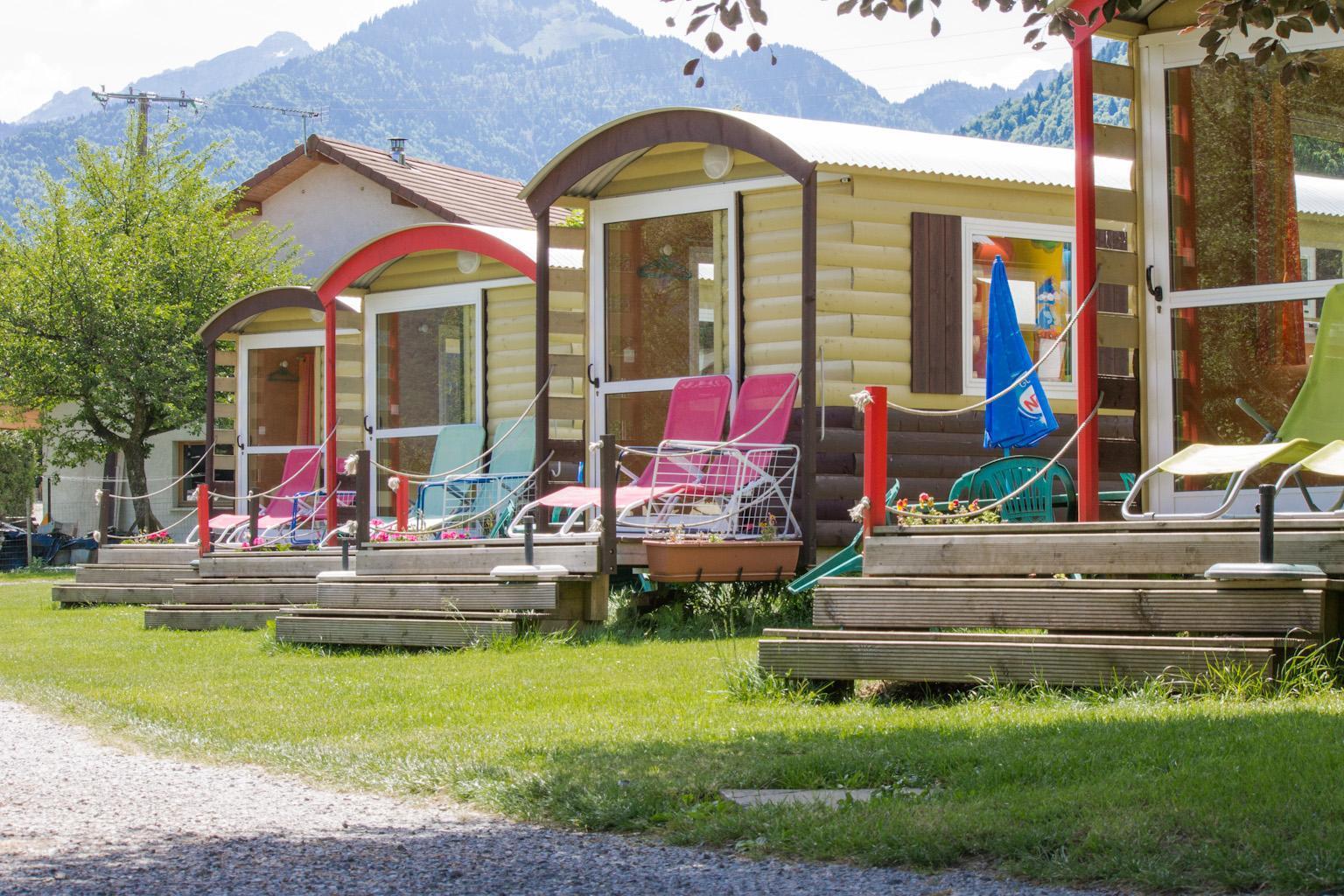 Camping le Verger Fleuri, Lathuile, Haute-Savoie