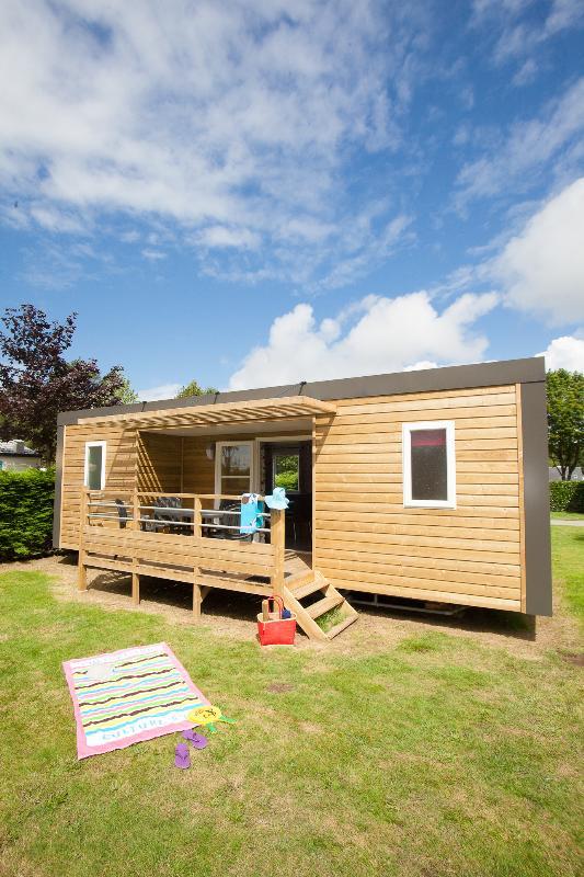 Location - Classic 33-2-2 (Mobil Home Alizé) - Tv, 2 Chambres + 2 Salles De Bain, Environ 33M² - Camping Les Bruyères