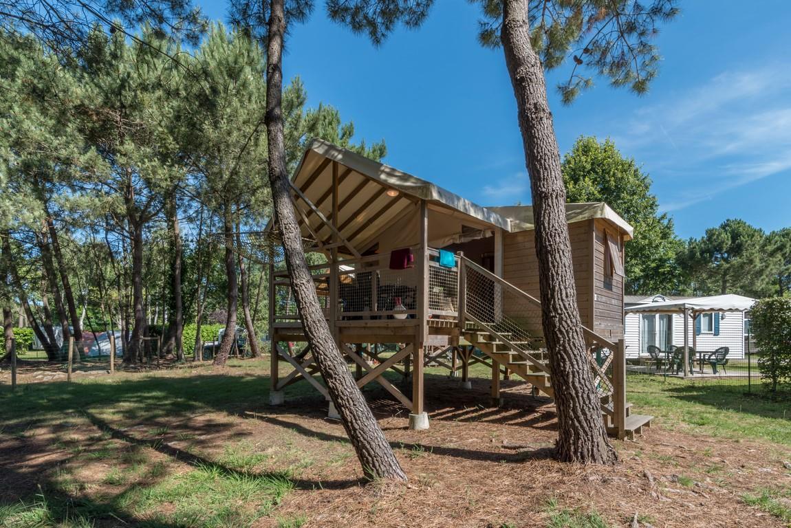 Location - Insolite 25-2 (Cabane Sur Pilotis Ecologe) - Tv,  2 Chambres (Lits Superposés) + 1 Salle De Bain, Environ 25M² - Camping Les Bruyères