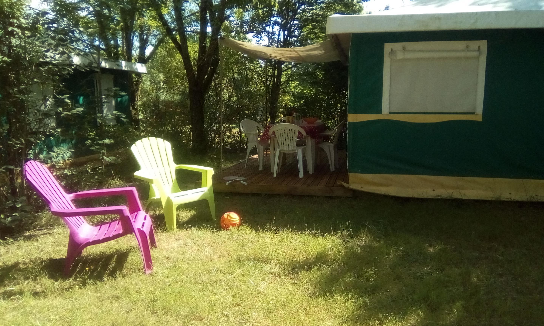 Location - Bungalow Toile (Sans Sanitaires) - Camping L'Anjou