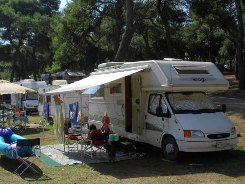 Emplacement - Lot B 70-90 M² - Camp Arena Stoja