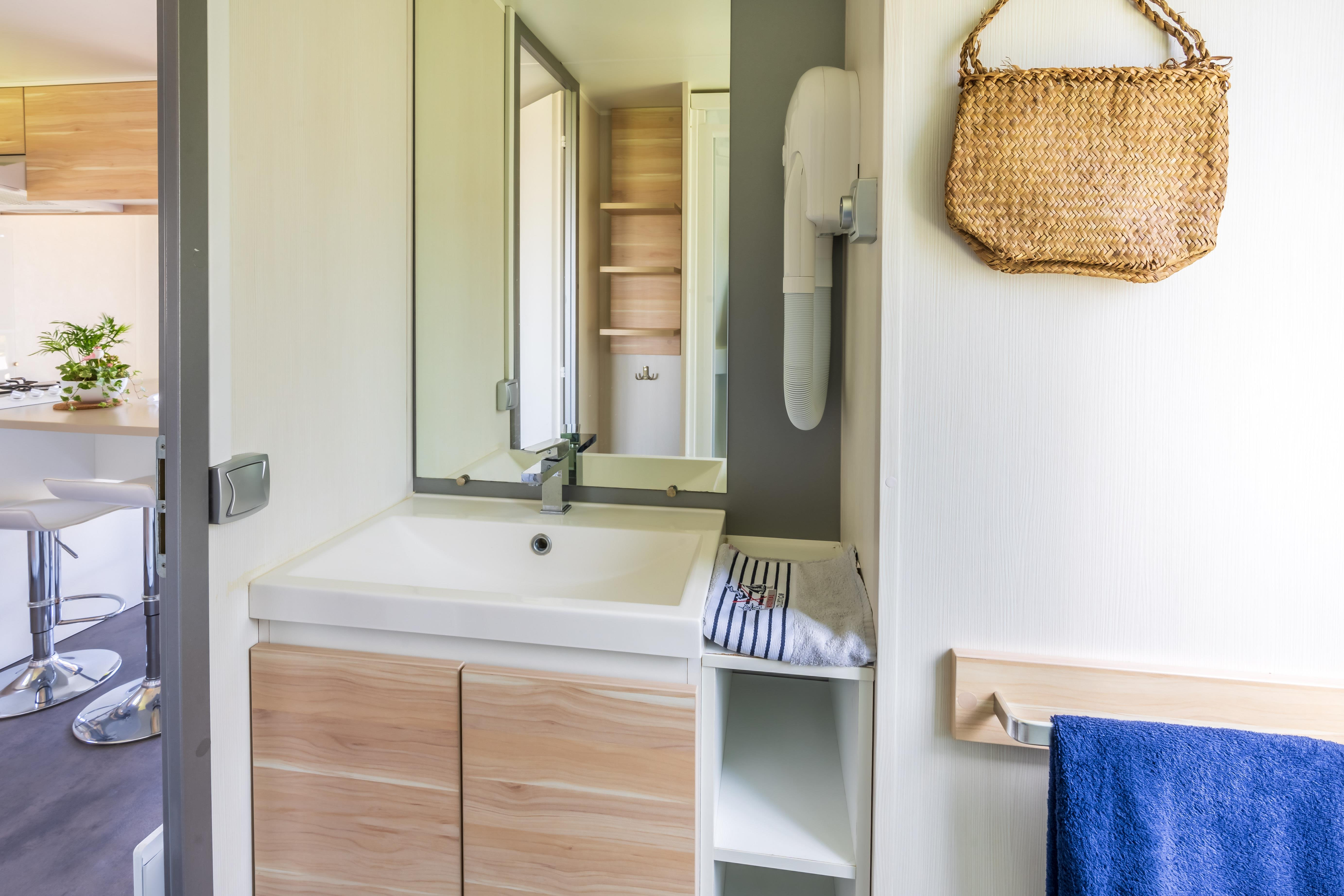 Location - Mobilhome Lumiere Premium Ilot Vue Mer - Camping Locronan