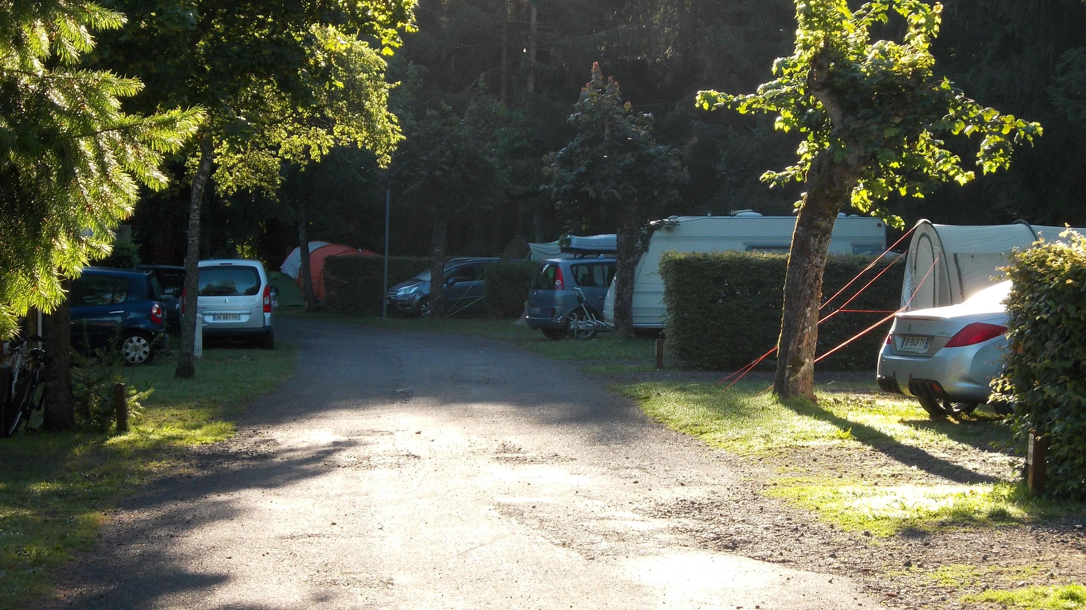 Camping Bois de Graviere, Besse-et-Saint-Anastaise, Puy-de-Dôme