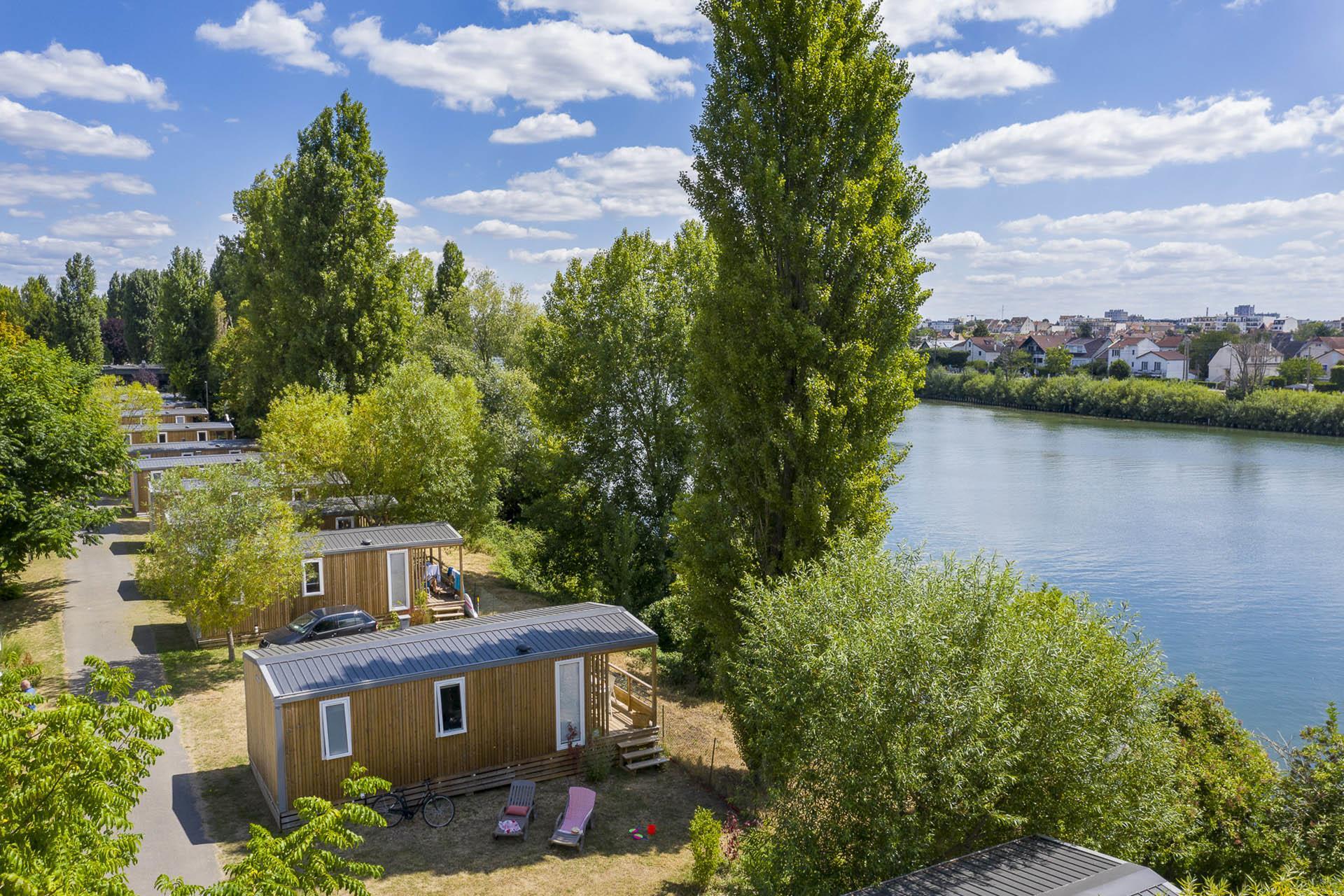Location - Cottage 2 Chambres Bord De Seine **** - Camping Sandaya Paris Maisons-Laffitte