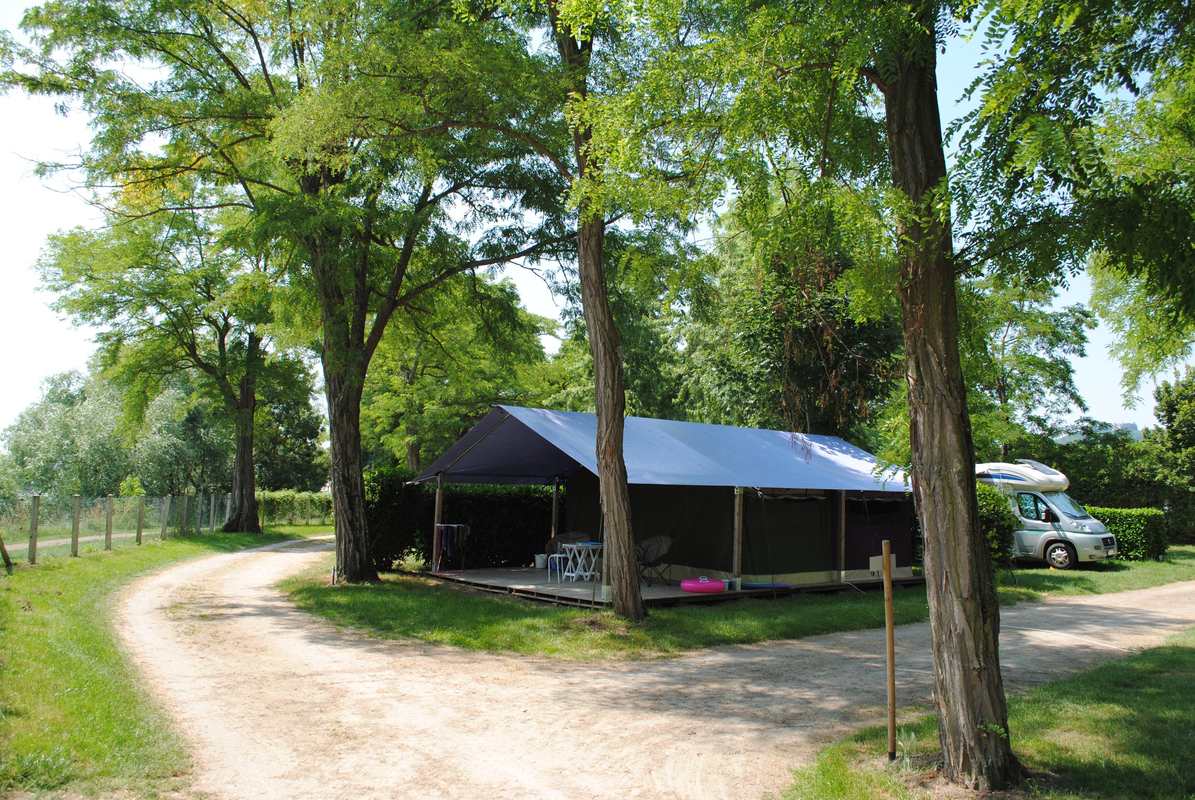 Location - Freeflower Eco 37M² (2 Chambres) Dont Terrasse Couverte De 13M² - Sans Sanitaires - Camping Les Portes de Sancerre
