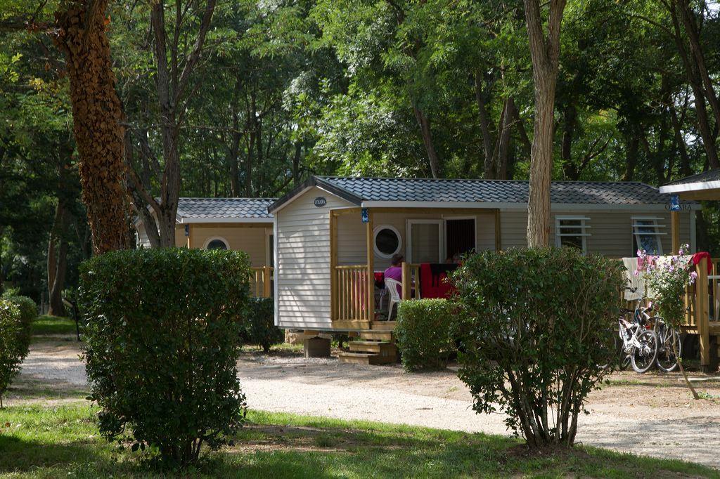 Location - Mobil Home Confort+ 31M² (3 Chambres) Dont Une Terrasse Couverte - Camping Les Portes de Sancerre
