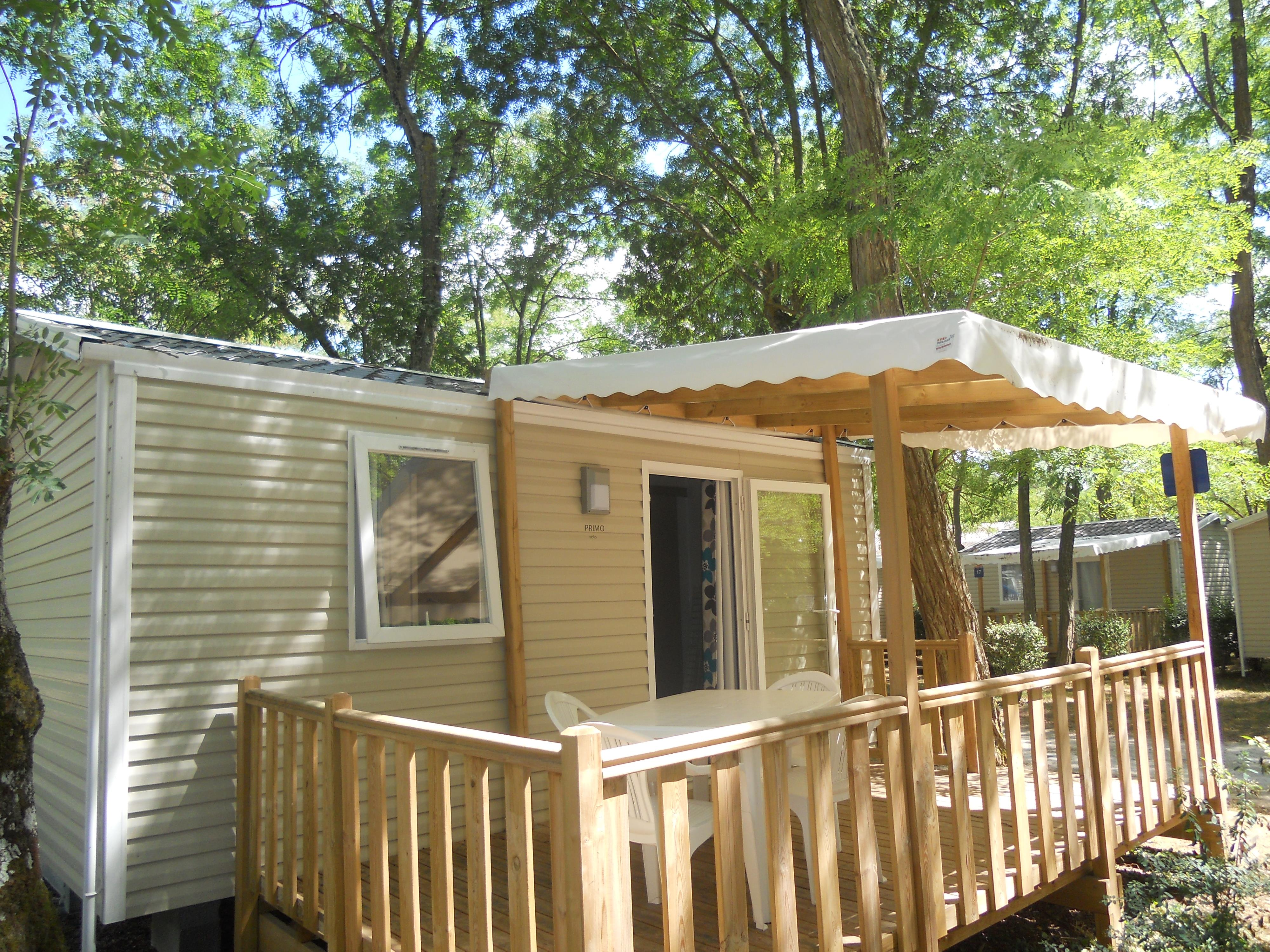 Location - Mobil Home Confort+ 18M² (1 Chambre) + Terrasse Semi-Couverte - Camping Les Portes de Sancerre