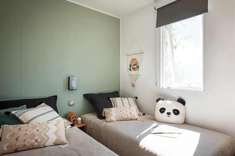 Location - Mobil Home Terrasse 4 Pers Premium Les Flots: 25.60 M² + 6.70 M² De Terrasse Semi Couverte (2 Chambres) - Camping Au Port-Punay