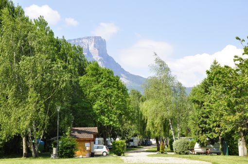 Pitch - Pitch: Camping-Car (Without Electricity) - Camping La Ferme du Lac