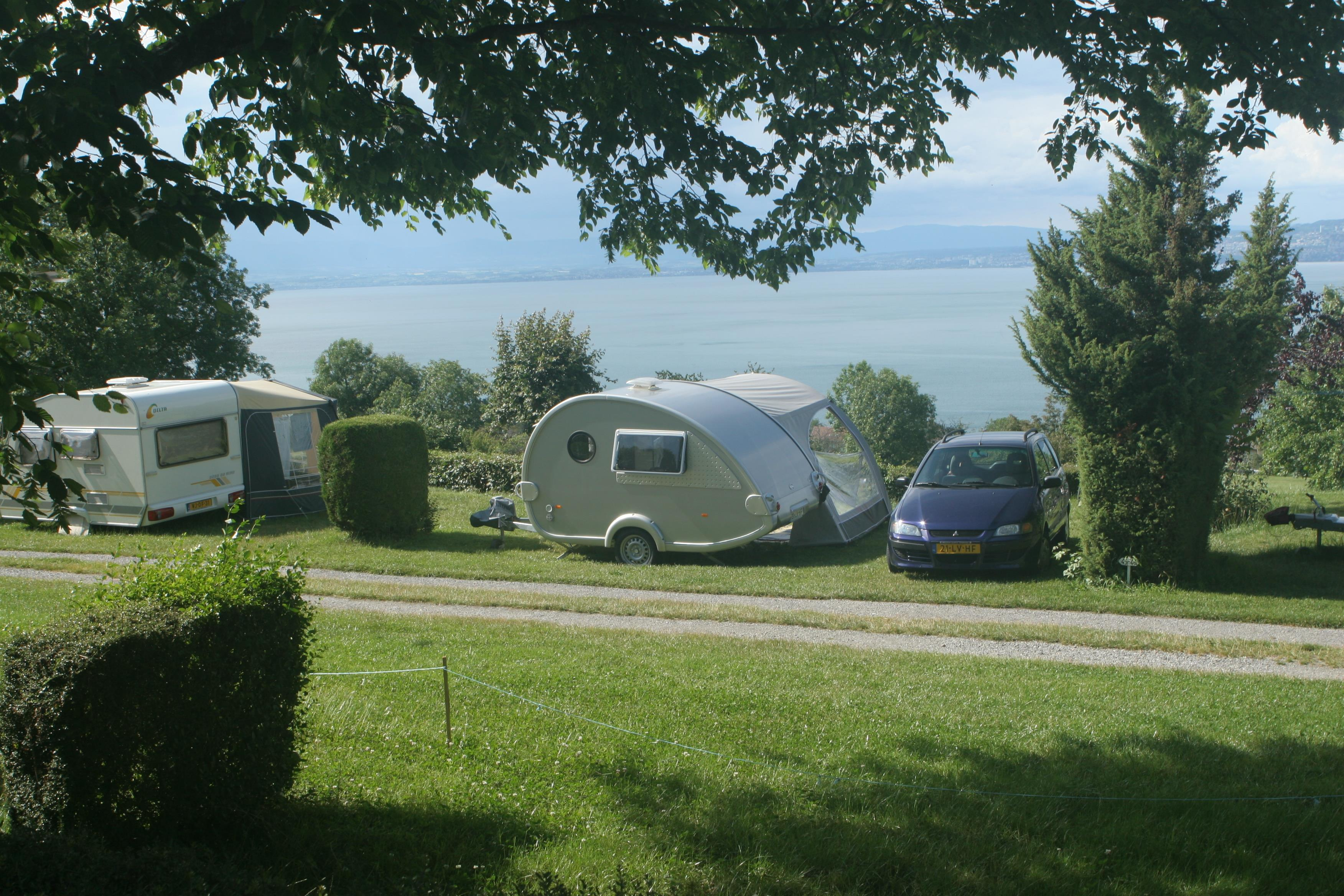 Pitch - Camping-Place For Caravan Or Motorhome - Camping Les Myosotis