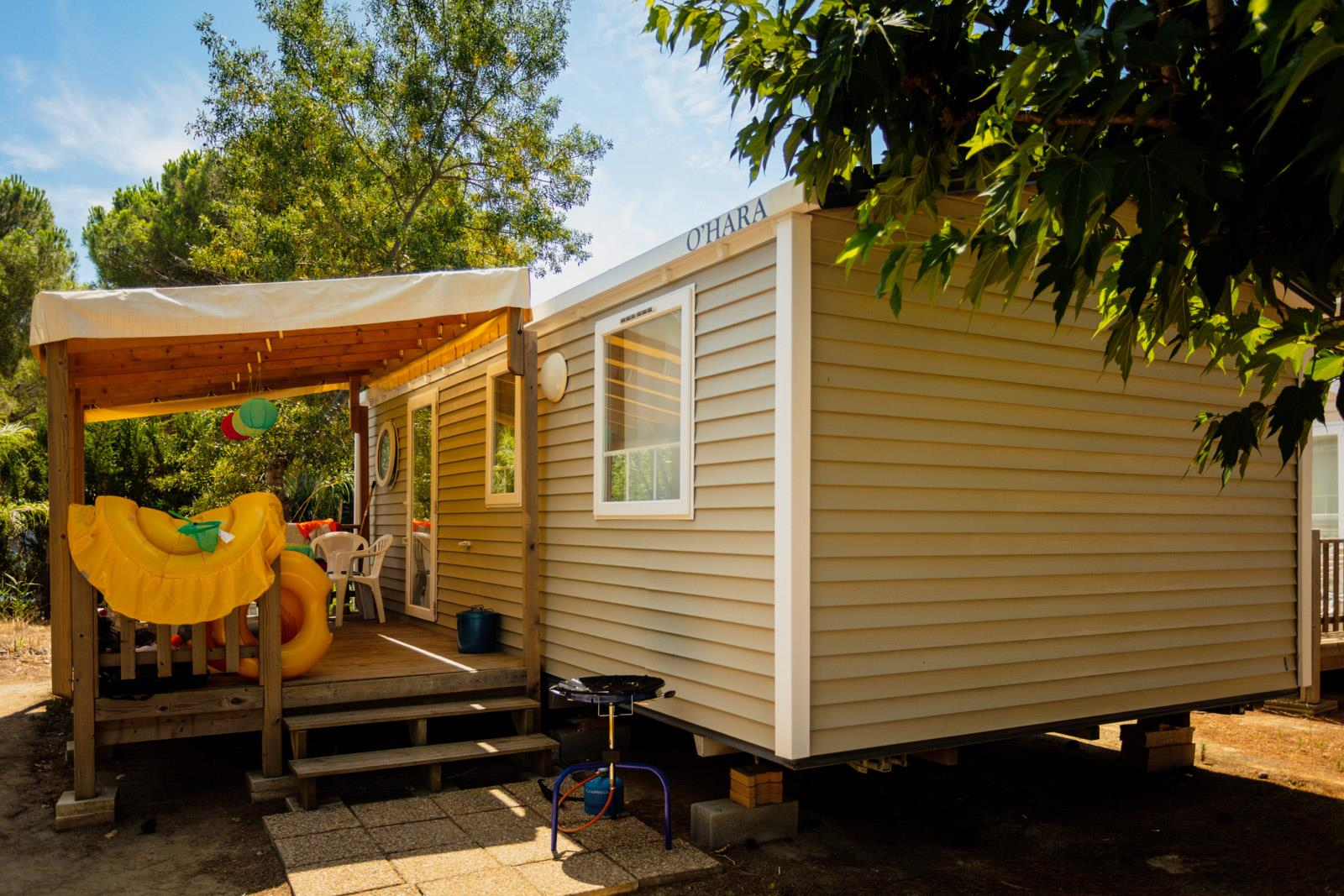 Location - Mobil-Home Caraïbes Climatisé - 2 Chambres - Chadotel Camping Le Trivoly