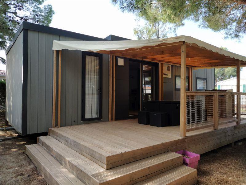 Location - Mobil-Home Méditerranée  Vip 3 Chambres - Chadotel Camping Le Trivoly