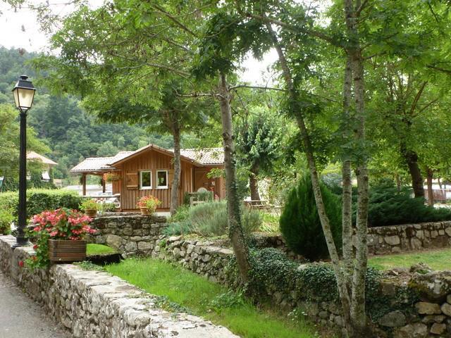 Camping de Retourtour, Lamastre, Ardèche