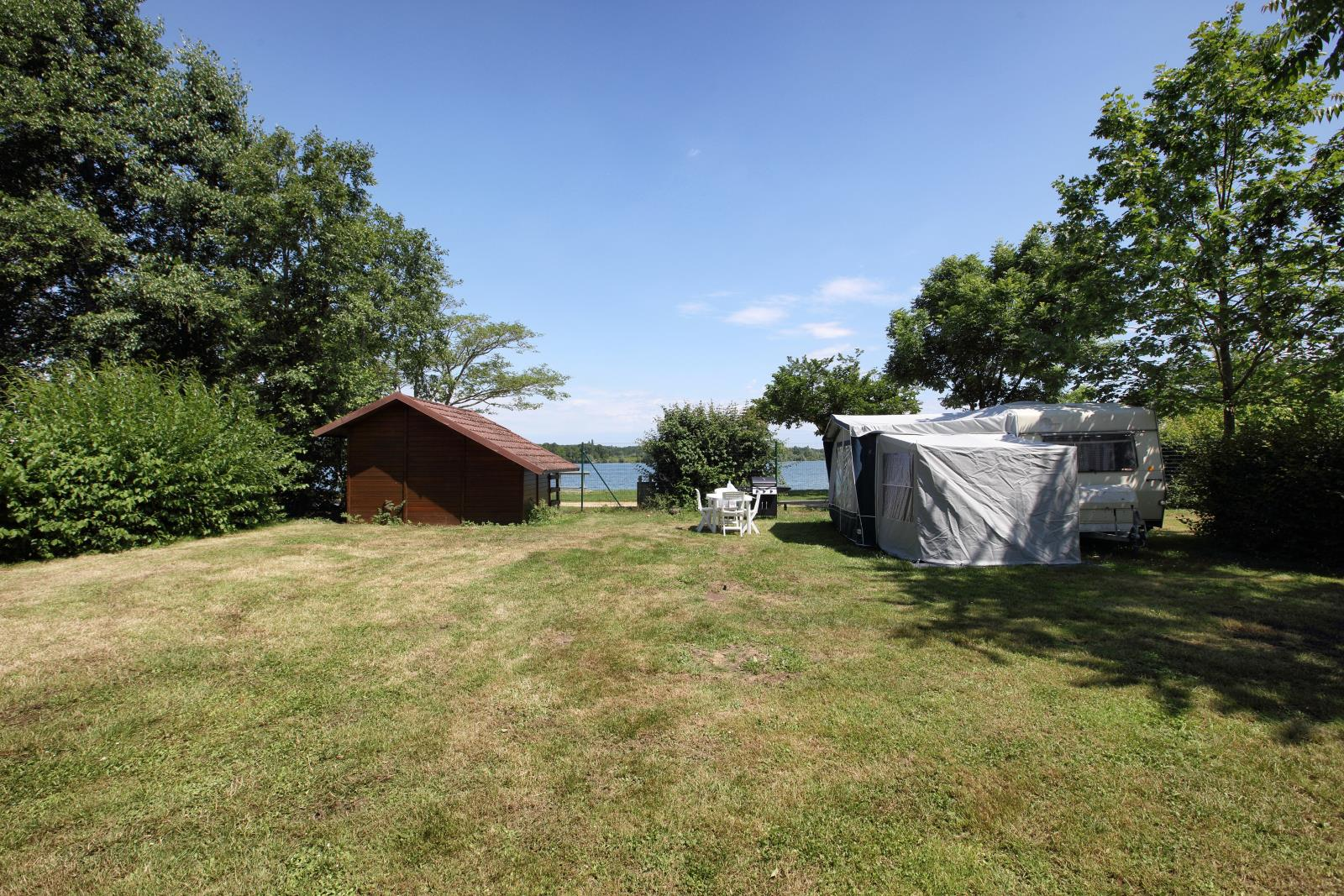 Emplacement - Forfait Nature - Camping du Lac de Saint-Cyr