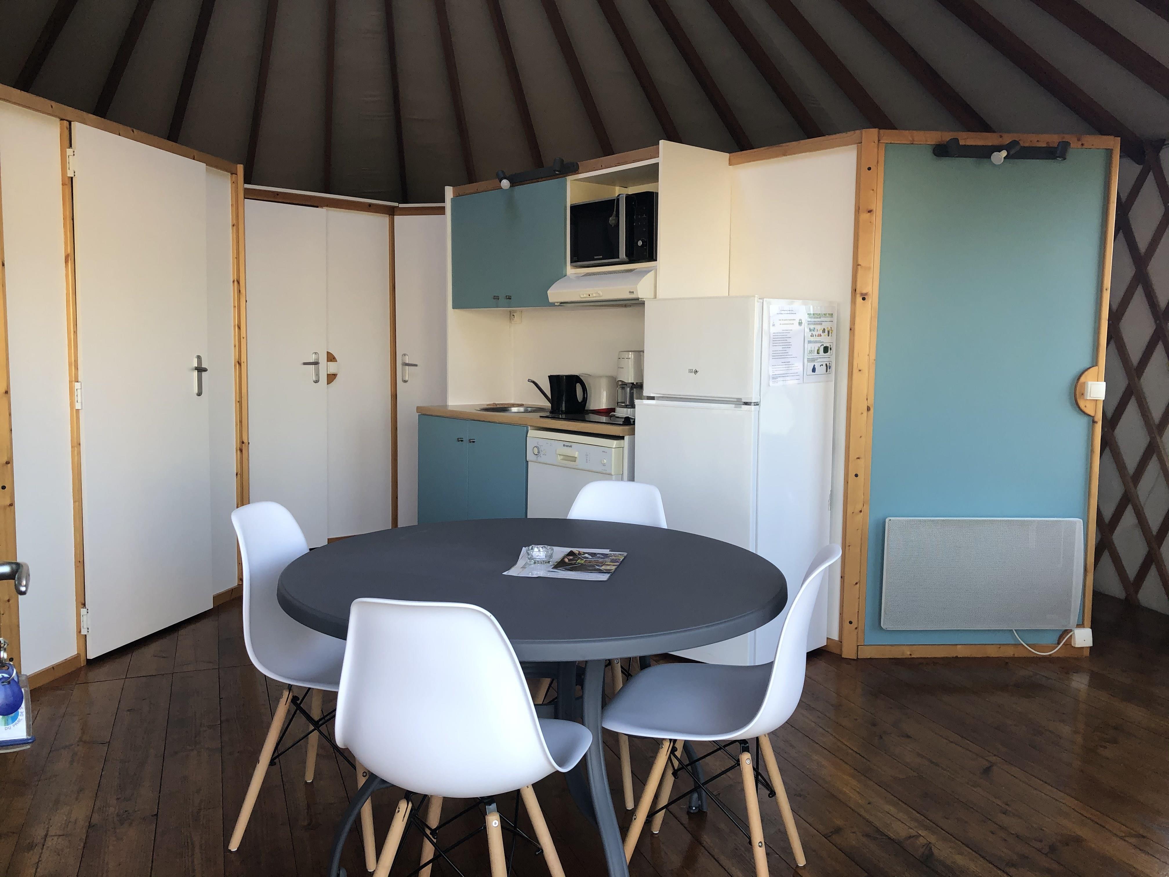 Location - Yourte Madras 43M² (2 Chambres) - Camping du Lac de Saint-Cyr