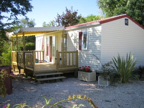 Location - Cottage (31M²) - Camping Domaine le Castagné