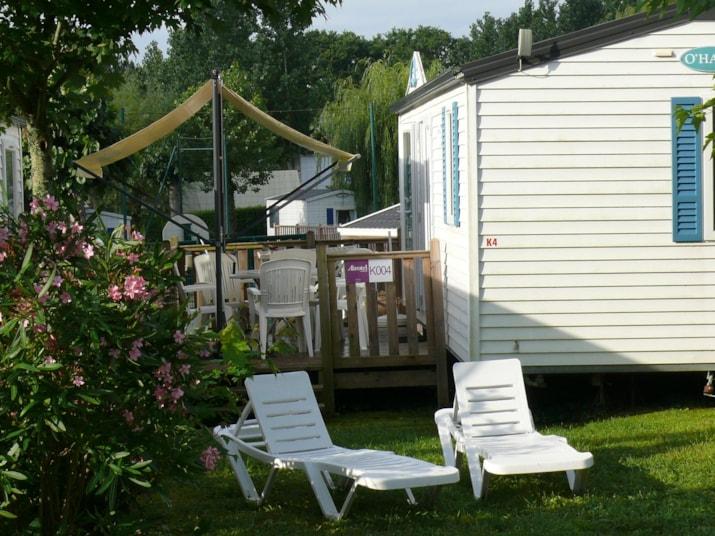 MH  (+ 7 ans) 2 chambres 27 à 28 m2 terrasse bois sur élevée avec store banne-1