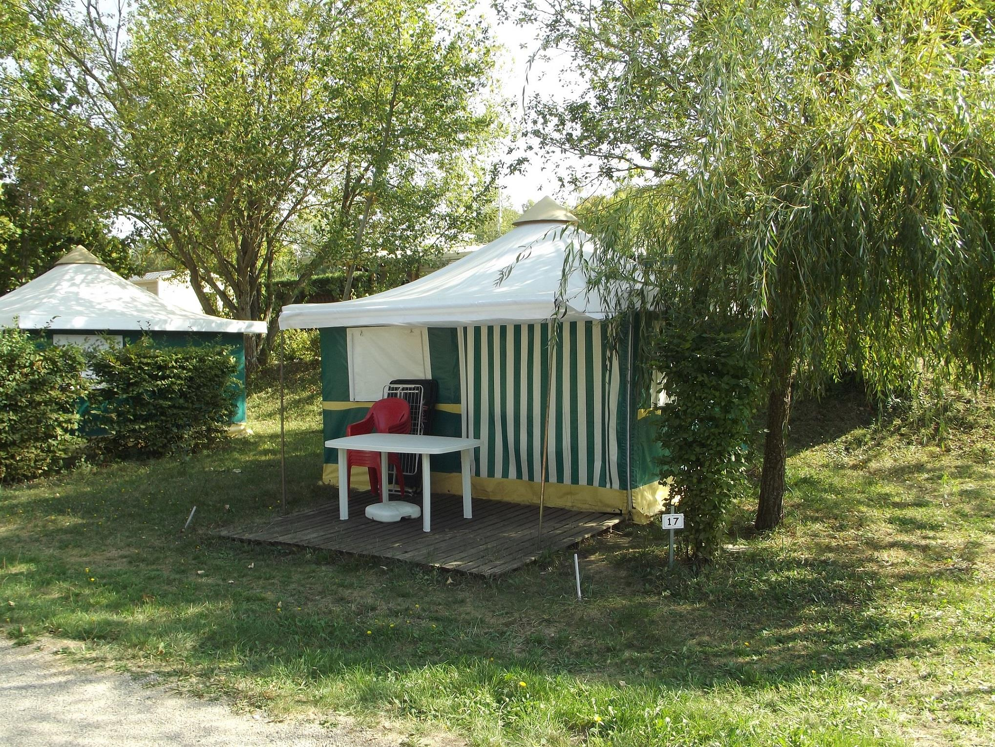 Location - Bungalow Toilé 1/4 Pers - Camping le Grand Cerf