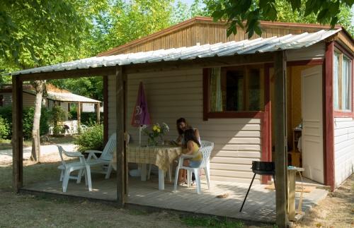 Bungalow MIRADOU 35 m² (2 chambres) + terrasse couverte