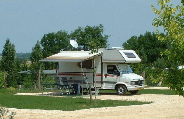Emplacement - Emplacement Classique - Électricité 10A - Stabilisé - Camping Castel Le Camp de Florence