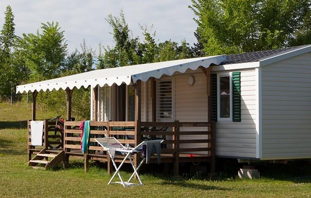 Location - Mobile Home Deluxe Confort Plus - 2 Chambres / 1 Salle De Bain + Climatisation - Camping Castel Le Camp de Florence