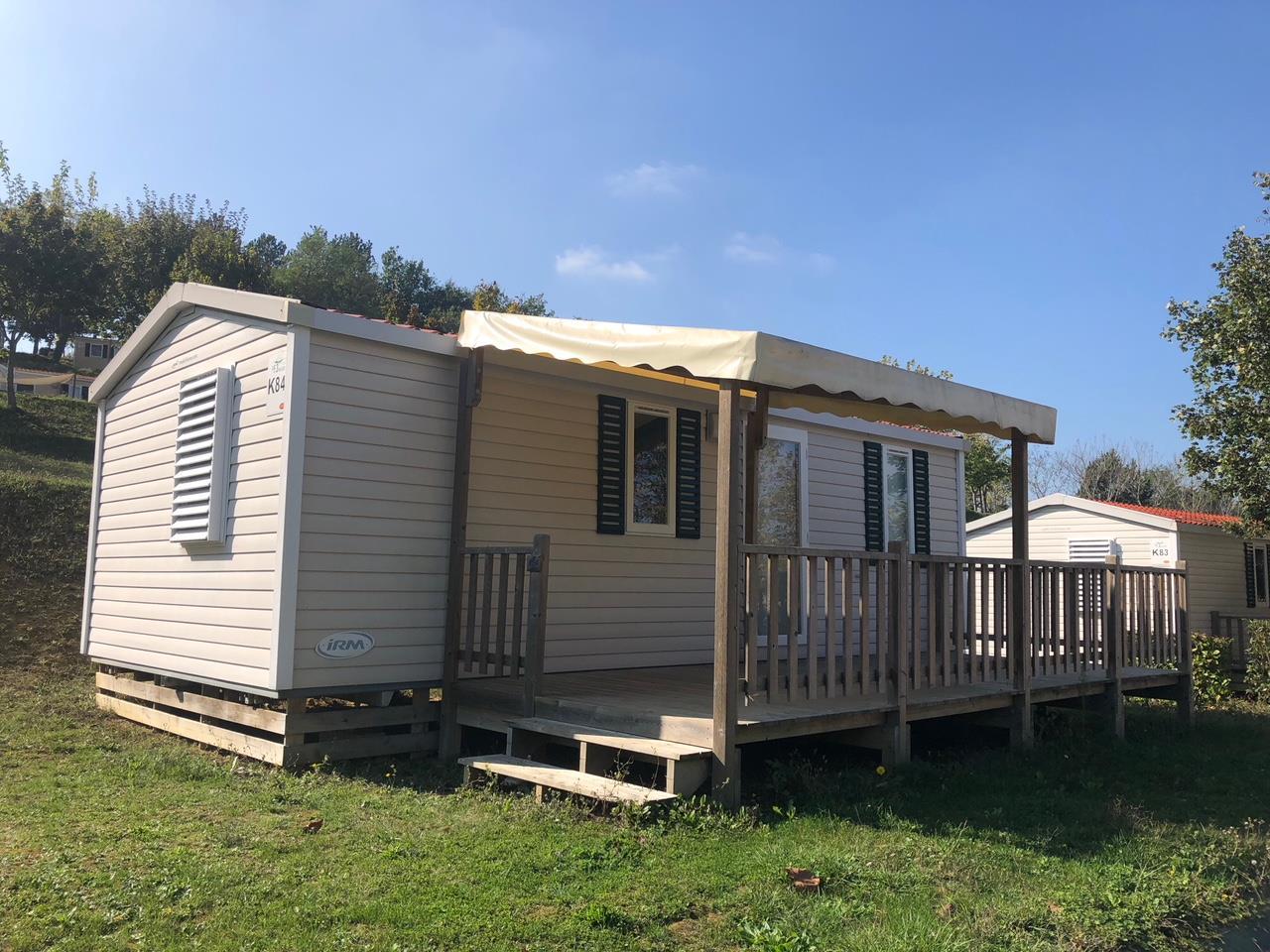 Location - Cottage Campagne ***  2 Chambres + 2 Sdb - Yelloh! Village Le Lac des Trois Vallées