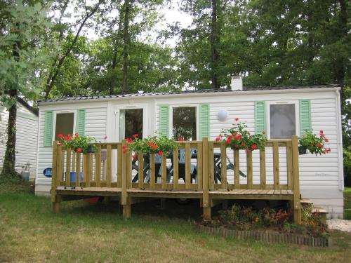 Location - Mh Mésange + 5 Ans + Terrasse - Camping Sites et Paysages Aramis