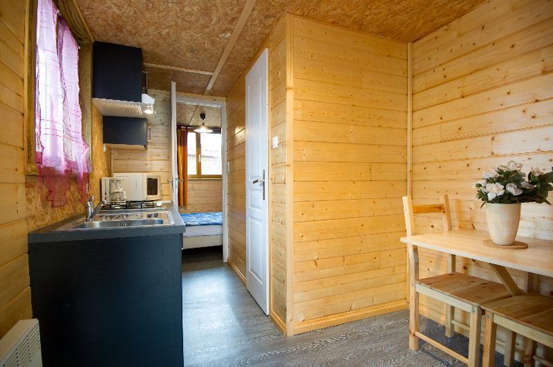 Location - Chalet Pako 1 Chambre (18 M2, Petite Terrasse Couverte) - Camping Sites et Paysages Aramis