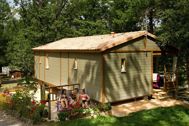 Location - Chalet Aramis, 3 Ch, 2 Sdb, Grande Terrasse Couverte, Télévision, Belle Vue. - Camping Sites et Paysages Aramis