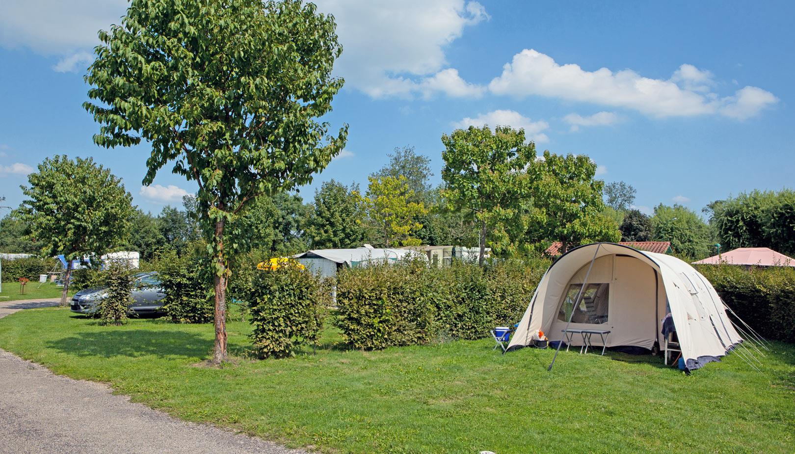 Camping Municipal le Renom, Vonnas, Ain