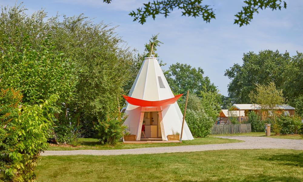 Location - Confort Tipihome 34M² (2 Chambres) - Avec Terrasse - Camping Du Lac de la Chausselière