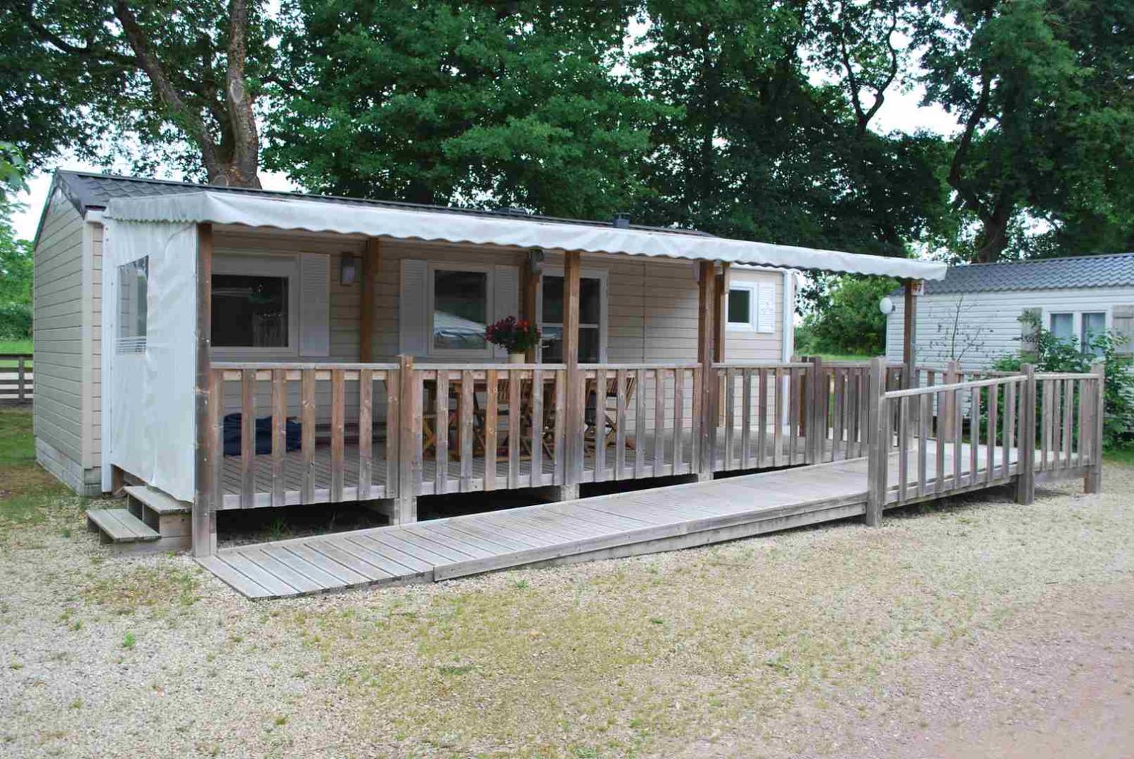 Location - Confort+ Mobil Home 36M² Pmr (2 Chambres) + Terrasse Couverte - Camping Du Lac de la Chausselière