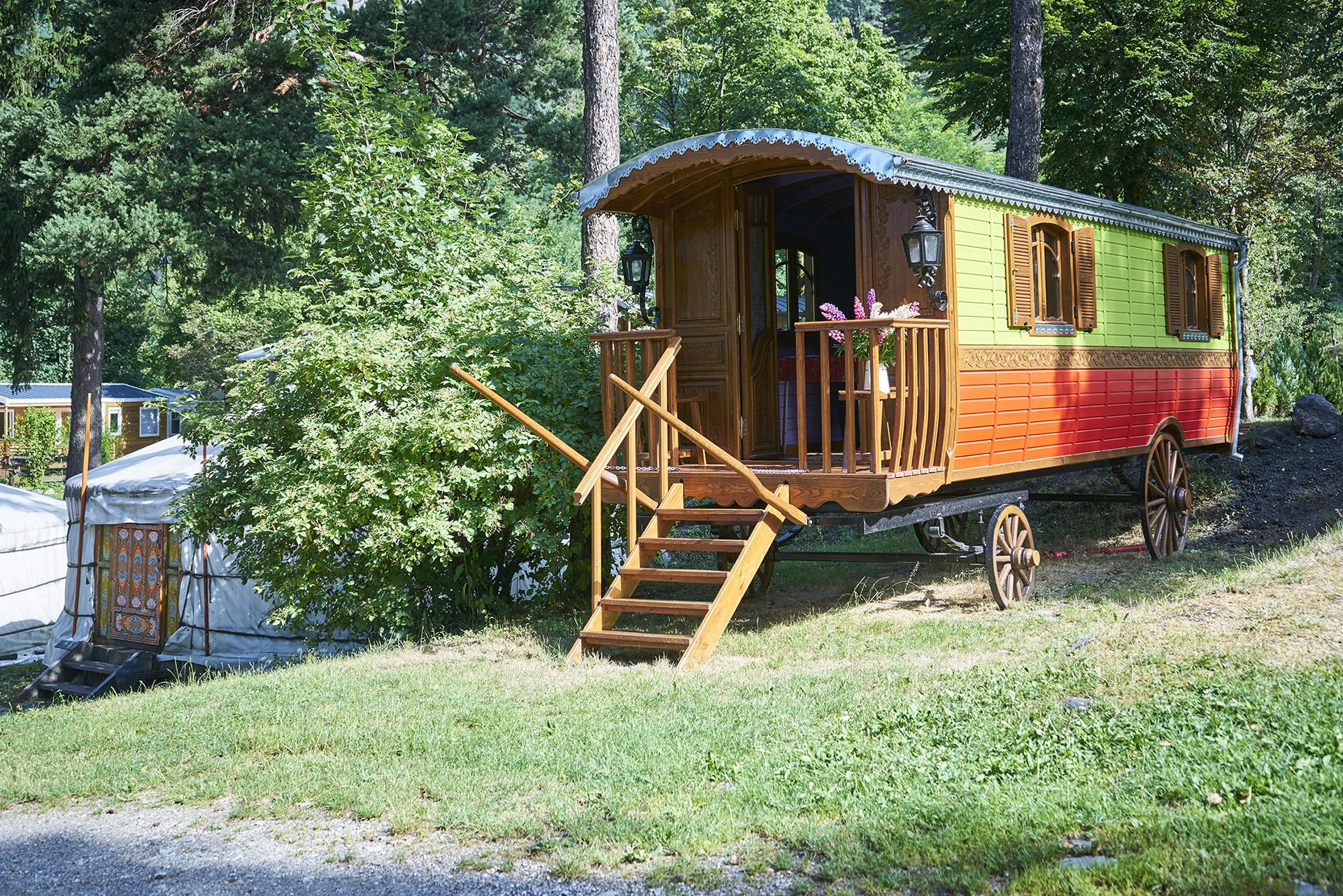 Location - Roulotte *** 25M² - Camping Le Reclus