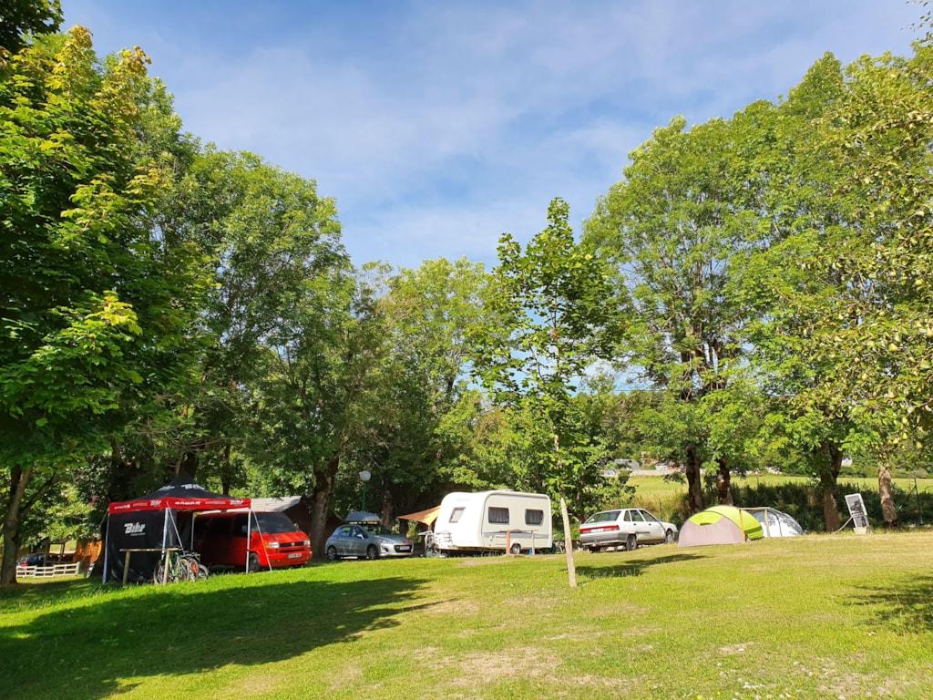 Tent, Caravan, Mini-Van, Truck, Motorcycle