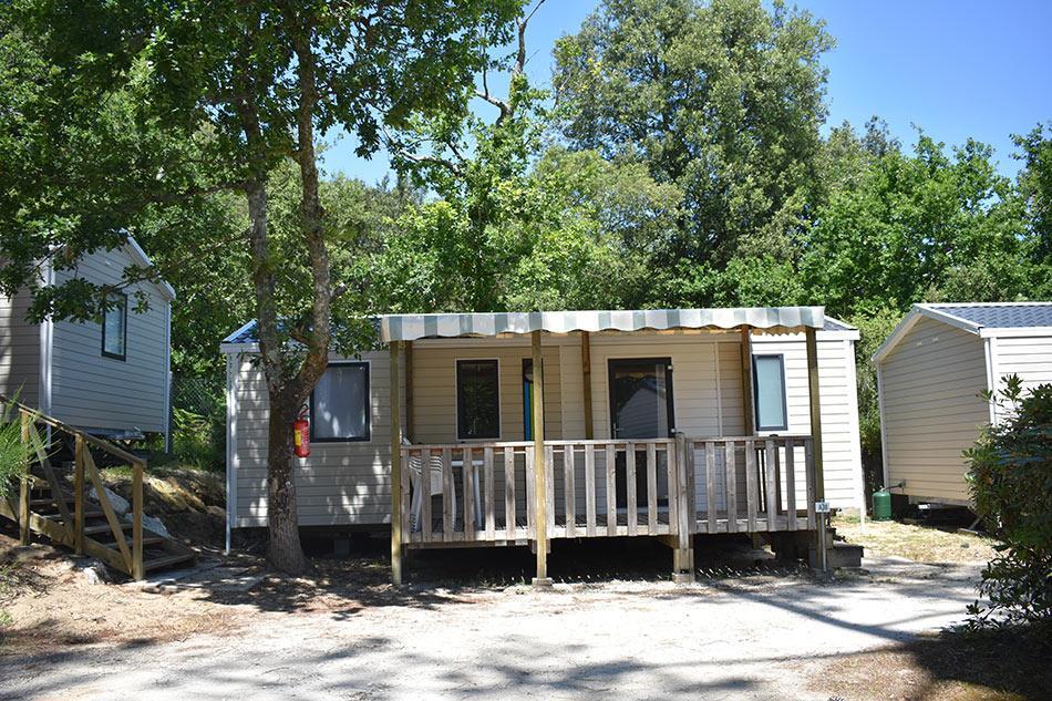 Mobil-home Premium 31m² - 3 chambres / 1 salles de bains + TV + terrasse semi couverte