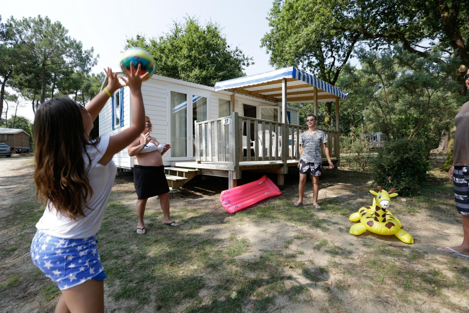 Location - Mobil Home Jacinthe Confort 30M² - 2 Chambres + Terrasse Couverte - Camping Le Fort Espagnol