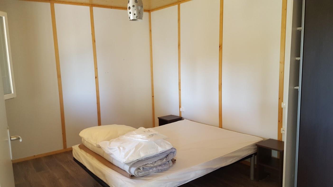 Location - Chalet Confort Premium 35 M² (2 Chambres) + Terrasse Couverte - Adapté Pour Les Personnes À Mobilité Réduite - Domaine de Kervallon