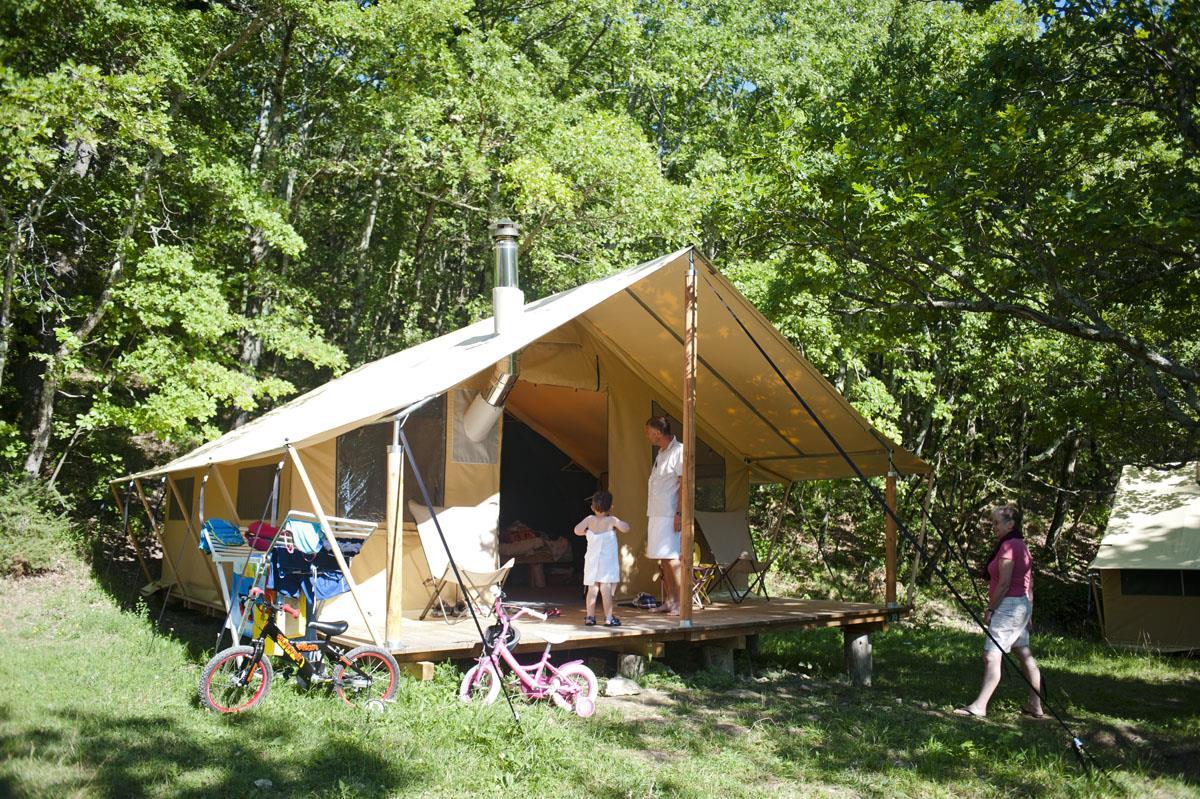 Location - Tente Trappeur - Village Huttopia Dieulefit