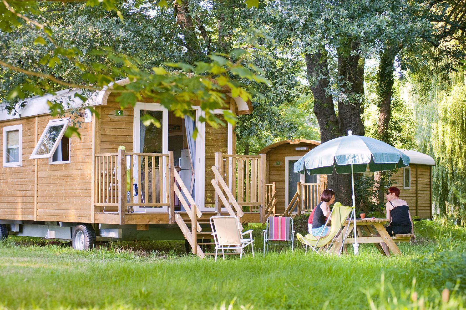 Camping Huttopia les Châteaux, Bracieux, Loir-et-Cher