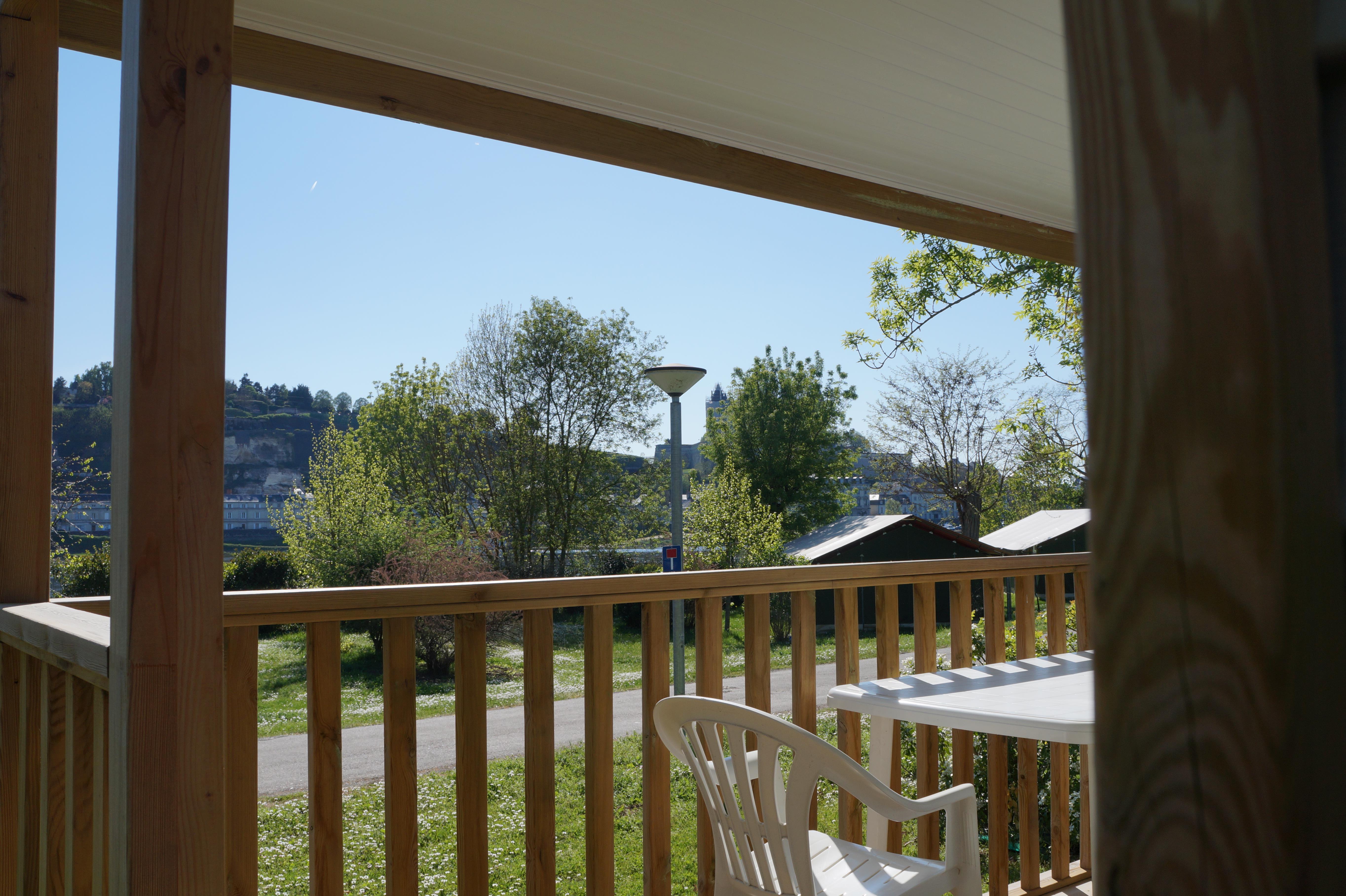 Mobil home Confort+ 24m² 2 chambres + terrasse couverte 7m² + bord de Loire + TV
