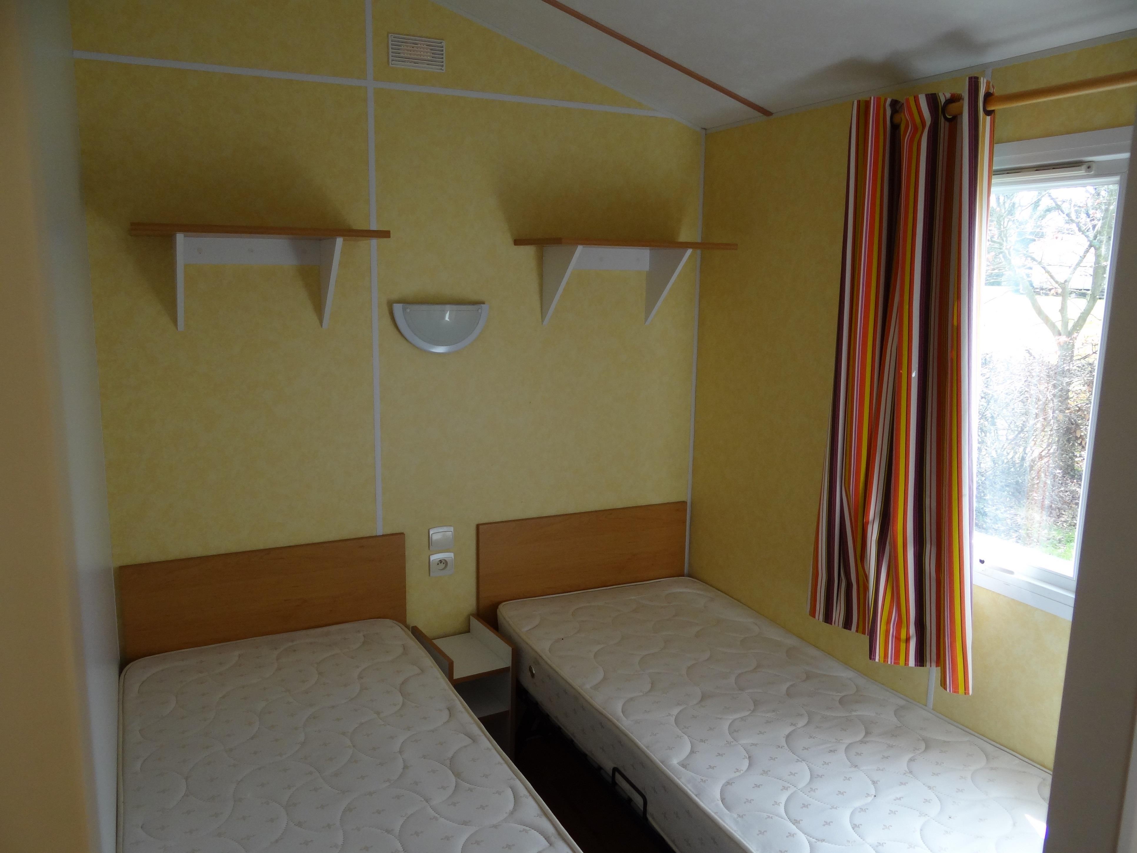 Mobile Home E 2 chambres (sans draps ni serviettes)