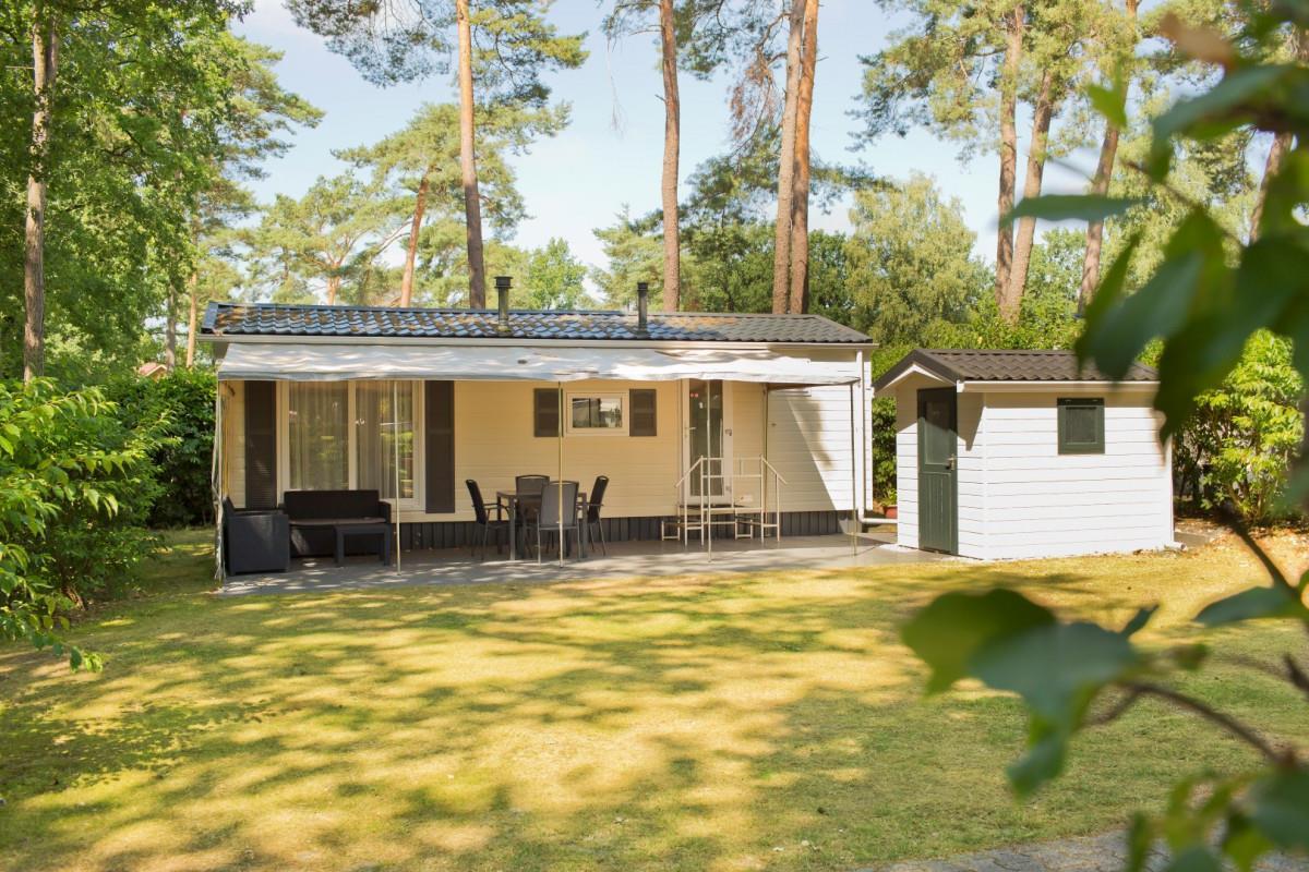 Location - Chalet De Buizerd - 2 Chambres - Camping de Kleine Wolf