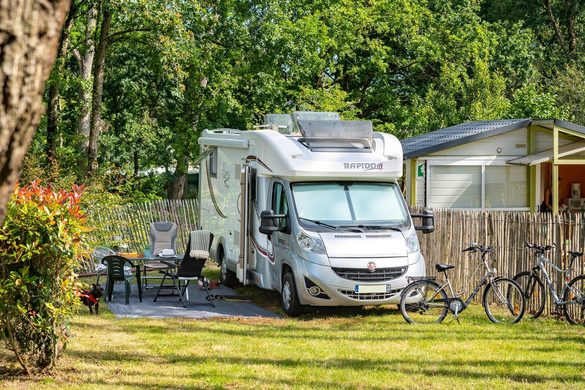 Emplacement - Forfait ** - Camping Sandaya Le Moulin de l'Eclis