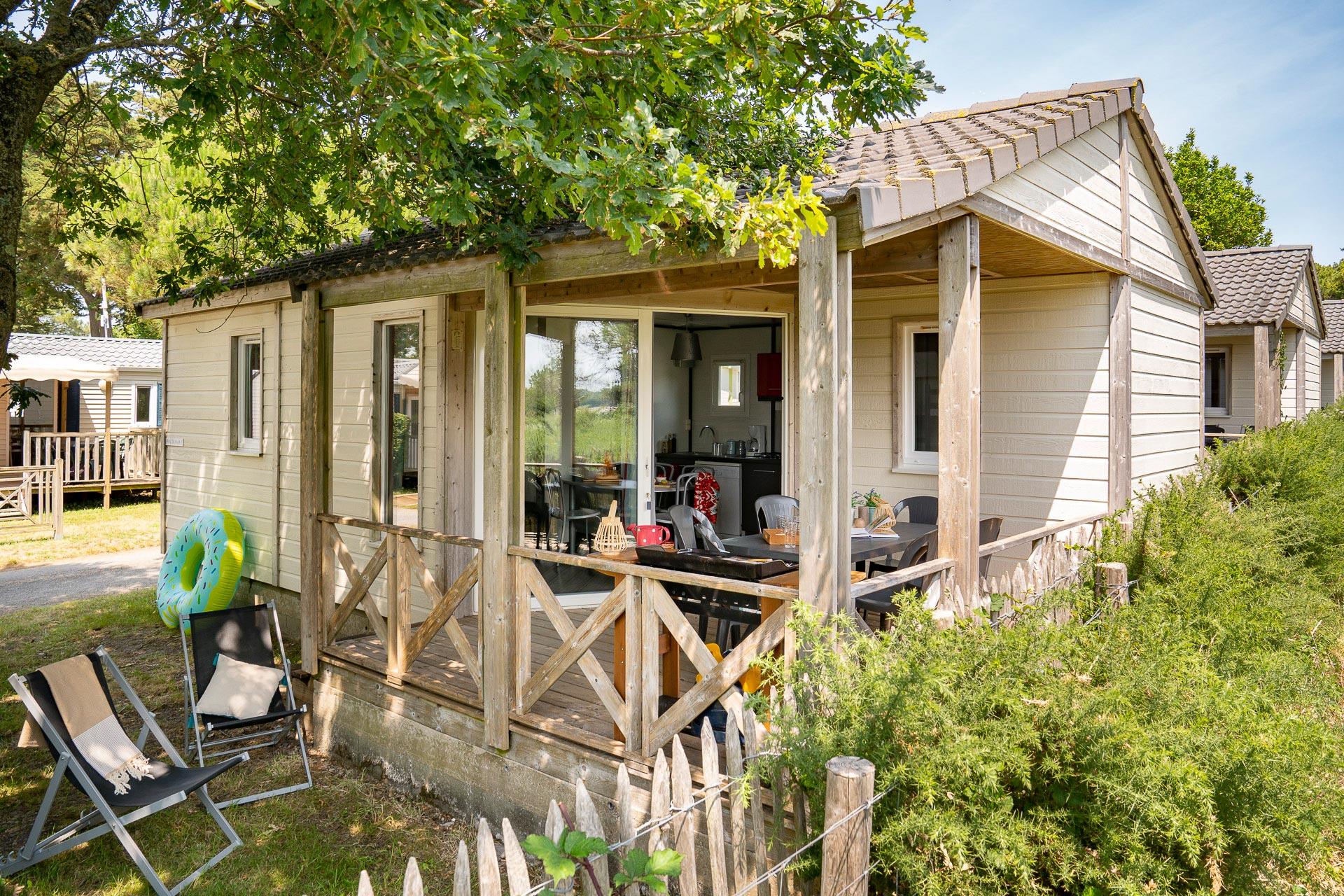 Location - Chalet 2 Chambres Vue Mer **** - Camping Sandaya Le Moulin de l'Eclis