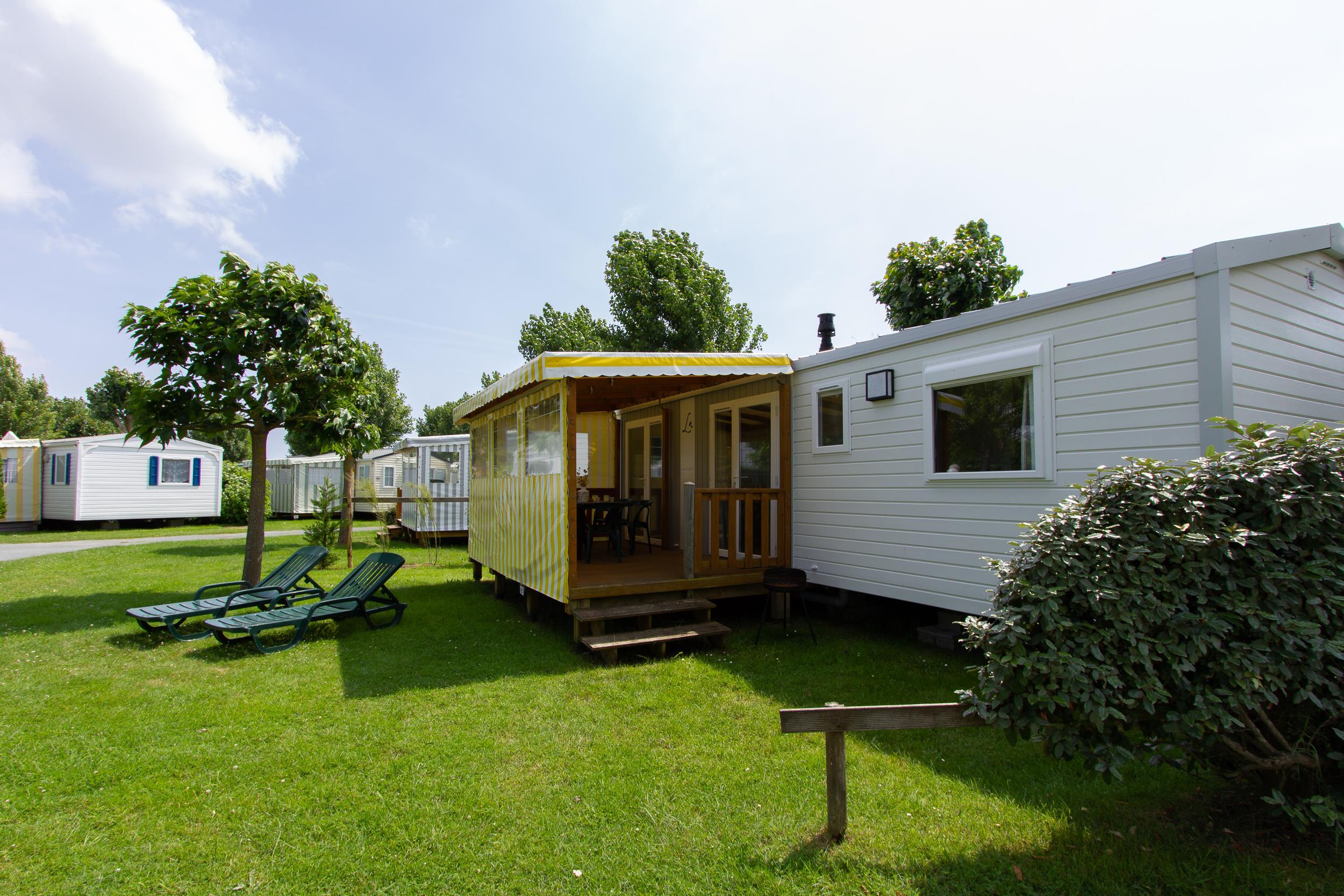 Mobilhome Tamaris 33 m² / 3 habitaciones con terraza + tv