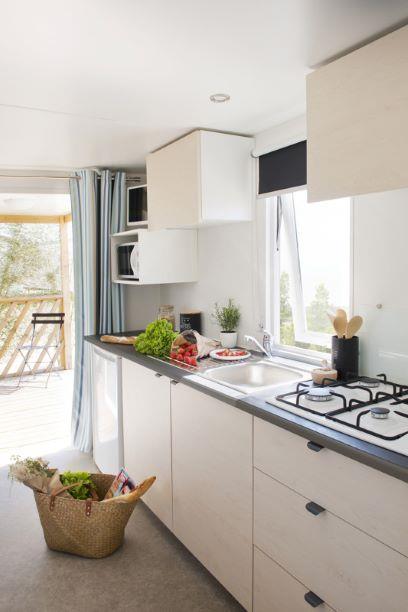Location - Mobil Home Loggia Compact Année 2019 2 Chambres - 23 M² - Camping De Bergougne