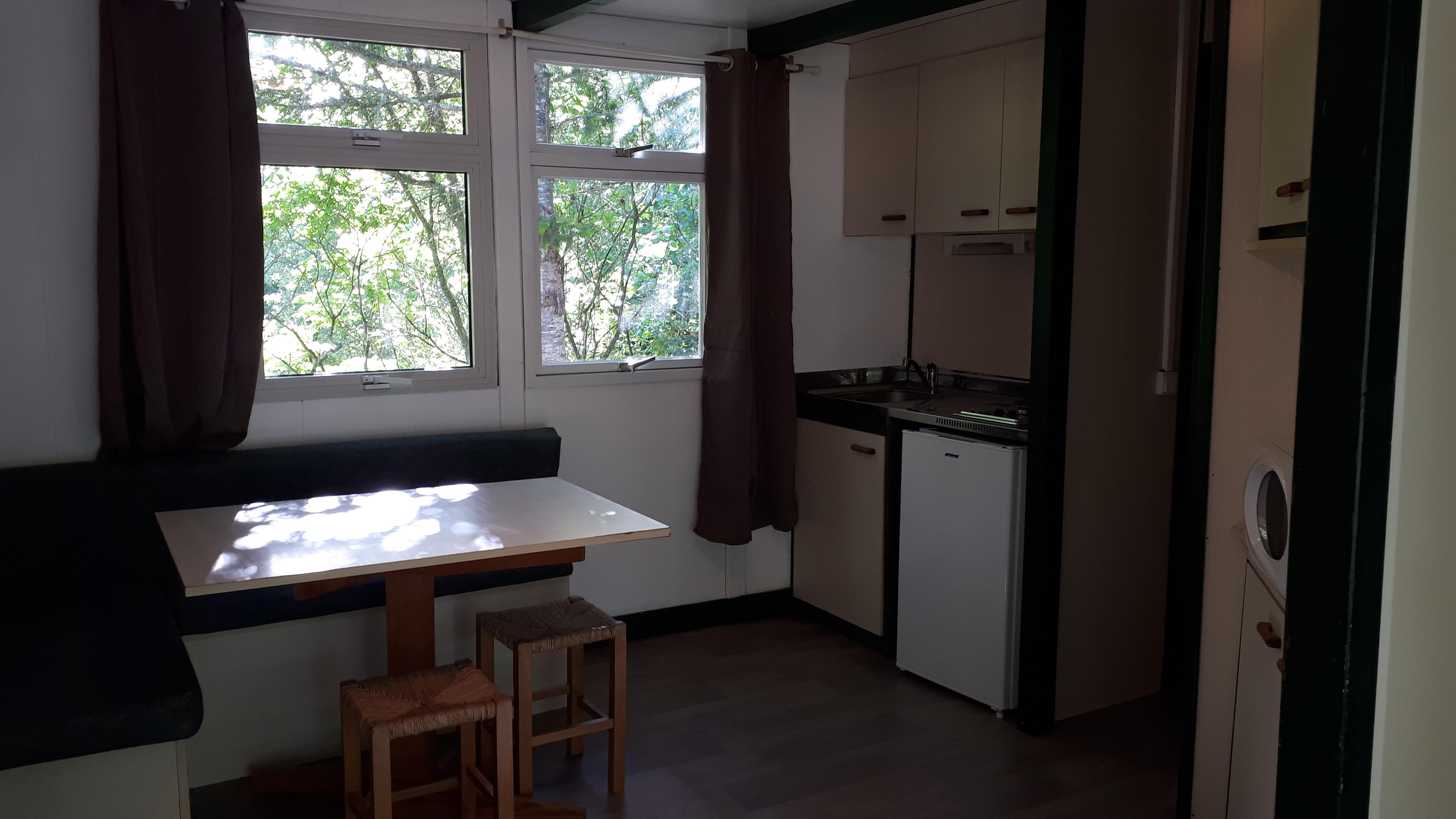 Location - Chalet 3 Chambres Ref:64 Superficie:35 M² - Camping De Bergougne