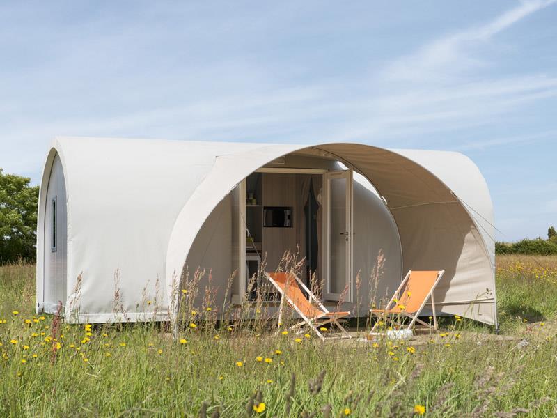 Coco Sweet/2 chambres et coin cuisine sans eau/sanitaires du camping
