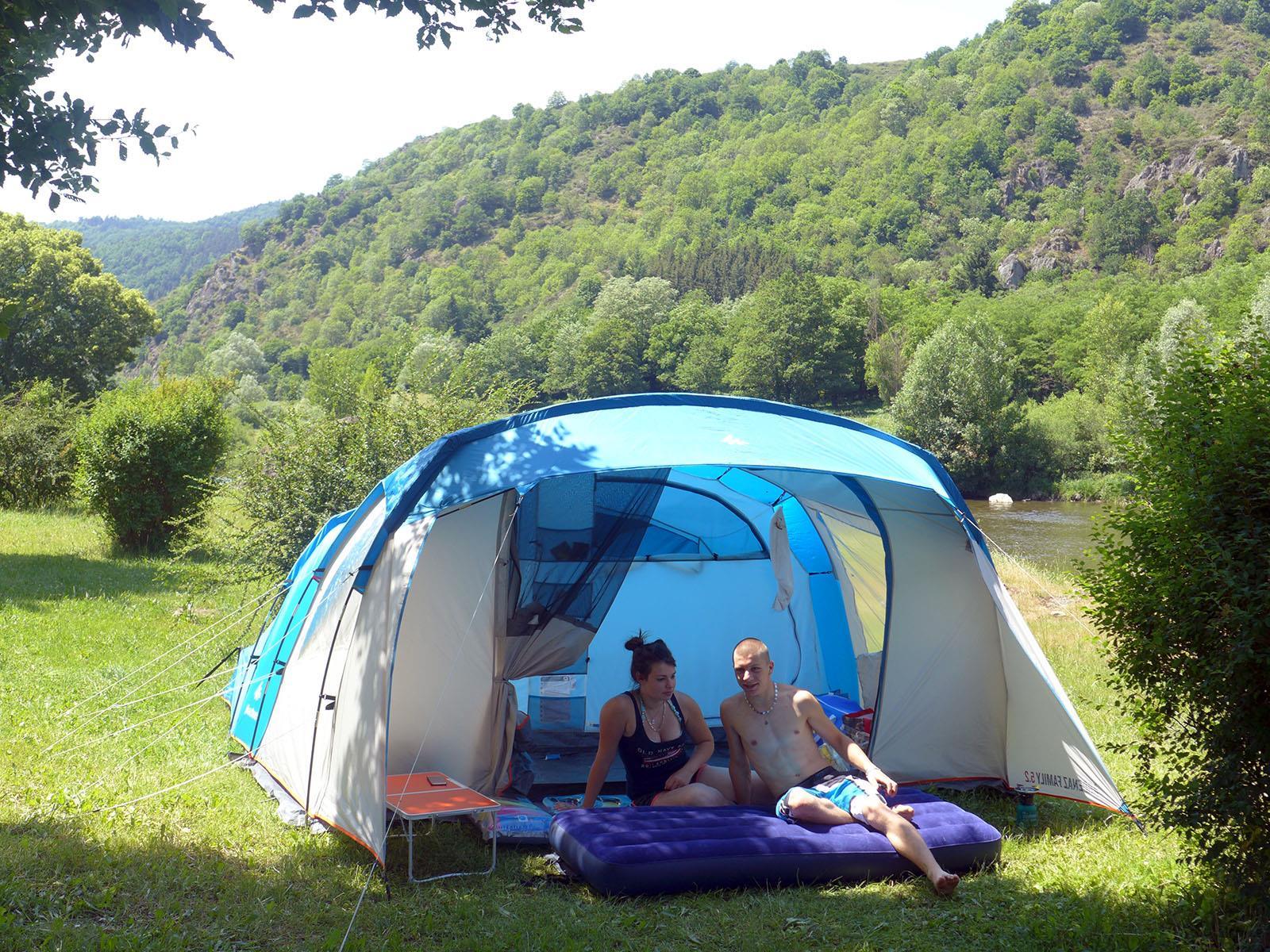 Camping Domaine du Pra de Mars, Vorey, Haute-Loire