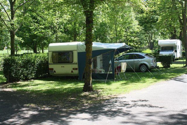 Camping le Pré , Montaigut-le-Blanc, Puy-de-Dôme